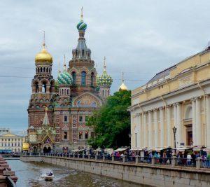 Eine Kathedrale in Sant Petersburg, der Ort, an dem ich meine Reise mit der Transsibirischen Eisenbahn gestartet habe