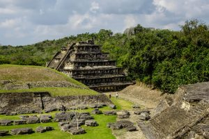 A nice backpacking trip to Veracruz with wonderful Mexican pyramids