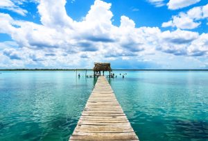 The blue lagoon in Bacalar, a backpacking highlight in southern Mexico