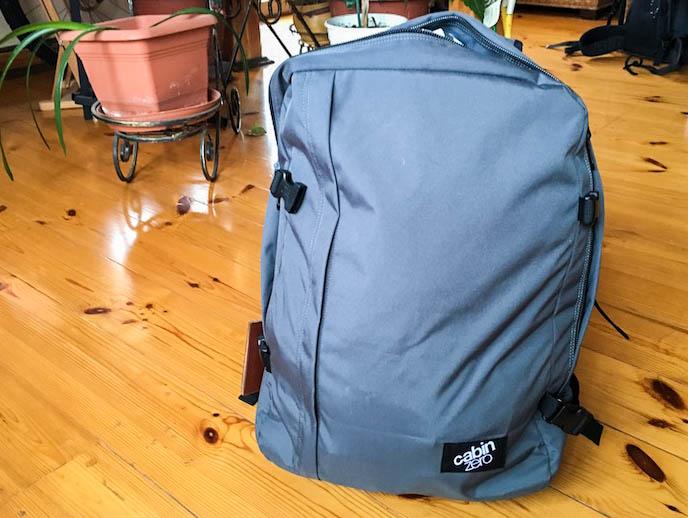 Der Handgepäck Rucksack von vorne