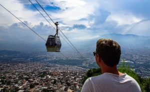 Colombia backpacking Medellin gondolas