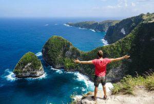 Steep coast on Nusa Penida