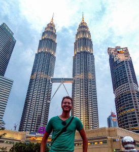 Kuala Lumpur backpacking highlight are the Petrona towers