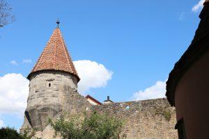 Turm und Stadtmauer in Rothenburg