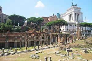 Das Forum ist eine der bekanntesten Sehenswürdigkeiten Roms