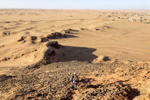 Blick auf die Wüste vom Jebel Barka Felsen im Sudan