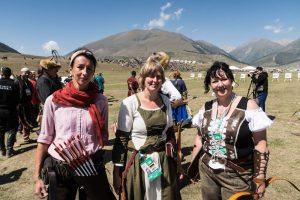 Drei deutsche Bogenschützinnen bei den World Nomad Games