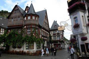Schöne Häuser und Straßen in Koblenz