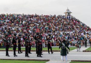 visiting wagah border india pakistan