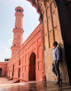 Marvelling at the mosque in Lahore