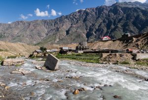 traveling to northern pakistan