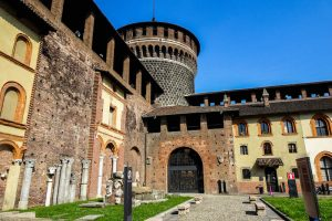 Das berühmte Castello Sforzesco in Mailand