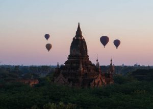 Sunrise temples Bagan