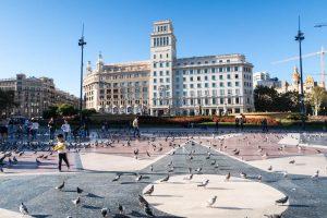 Placa Catalunya beim Sightseeing in Barcelona