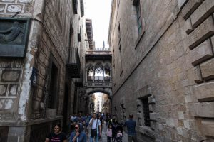 Visiting the gothic quarter while backpacking in Barcelona
