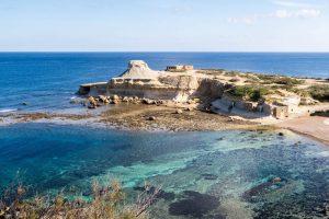 Küste und Bucht der Insel Gozo