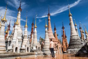 Best things to do at Inle lake is visiting the Indein stupas