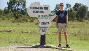 Am Äquator in Kenia