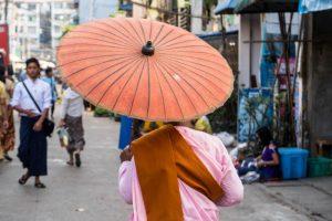 Sonnenschirm in Yangon
