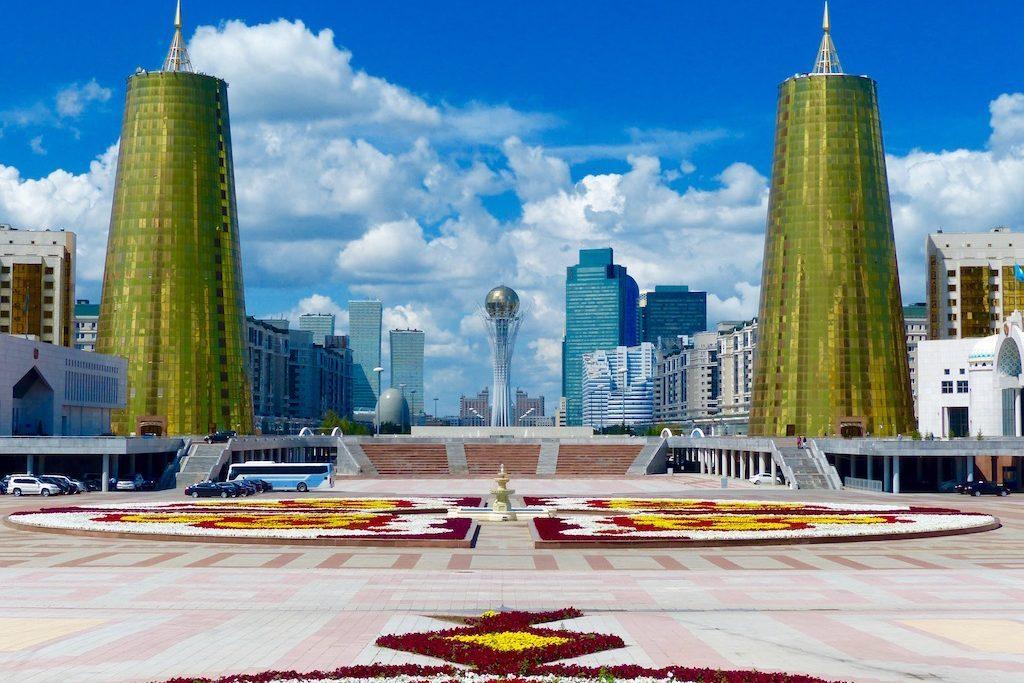 Skyline von Astana beim Kasachstan Backpacking