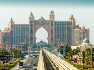Atlantis und Schienen in Dubai