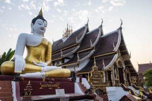 Buddha Statue bei den Sehenswürdigkeiten in Chiang Mai
