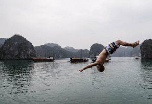 Schwimmen in Halong