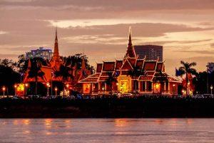 Beleuchteter Königspalast