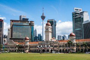 Aussicht auf Platz und Häuser in Kuala Lumpur