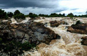 Wasserfall bei Don Det