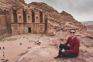 Blick auf das Kloster in Petra Jordanien