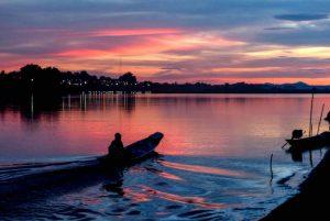 Fluss und Sonnenuntergang in Vientiane