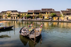 Backpacking Vietnam in Hoi An