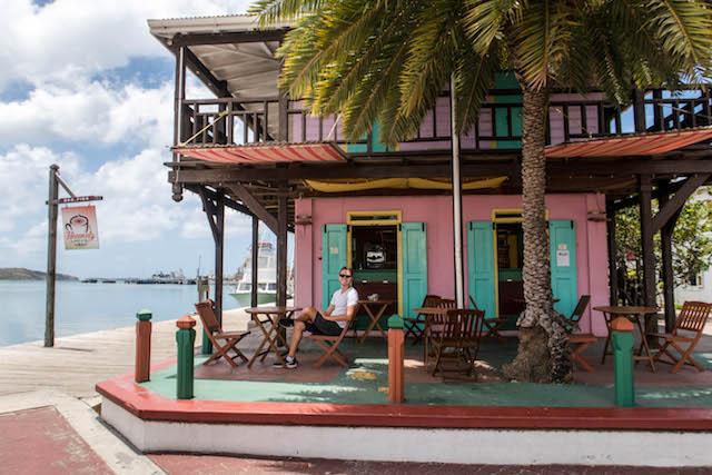 Buntes Haus auf Antigua in St. John's