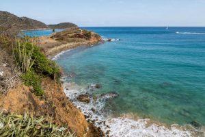 Strand an der Südküste Antigua