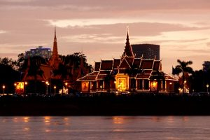 Abend in Phnom Penh beim Kambodscha Backpacking