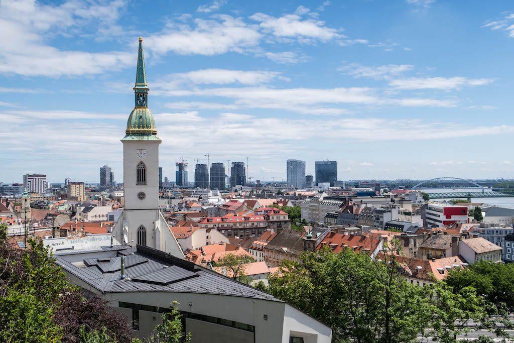 Aussicht auf Bratislava Sehenswürdigkeiten mit Turm