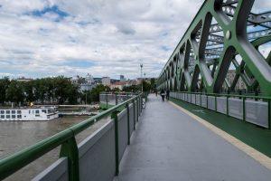 Alte Brücke über Donau
