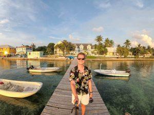 Selfie auf dem Steg beim Sonnenuntergang auf Harbour Island