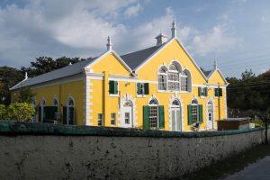 Gelbe Kirche auf Harbour island