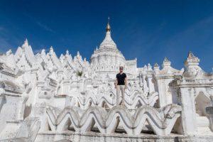 Tempel bei Mandalay