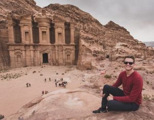 Person vor Petra Jordanien