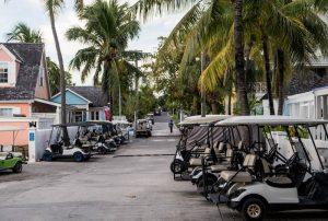 Golf Carts auf Straße