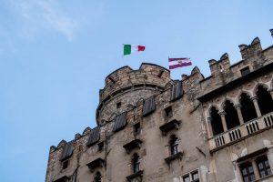 Das Schloss von außen, eine der wichtigsten Trient Sehenswürdigkeiten in Trentino