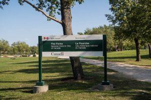 Im Forks Park mit Schild
