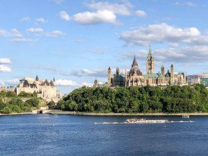 Panorama von Ottawa und dem Fluss