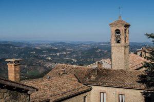 Blick auf Italien und Turm