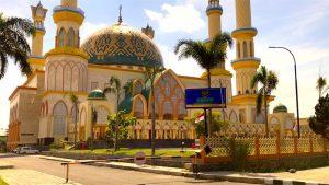 Moschee von außen in Lombok Indonesien