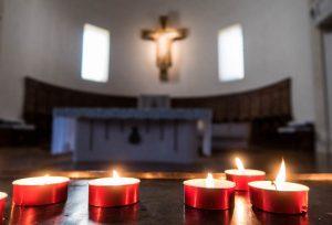 Kerze in Kathedrale