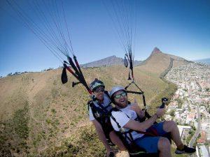 Selfie beim Paragliding in Südafrika